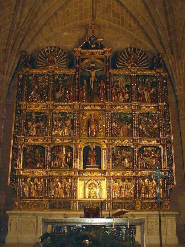Foto del retablo mayor de la iglesia