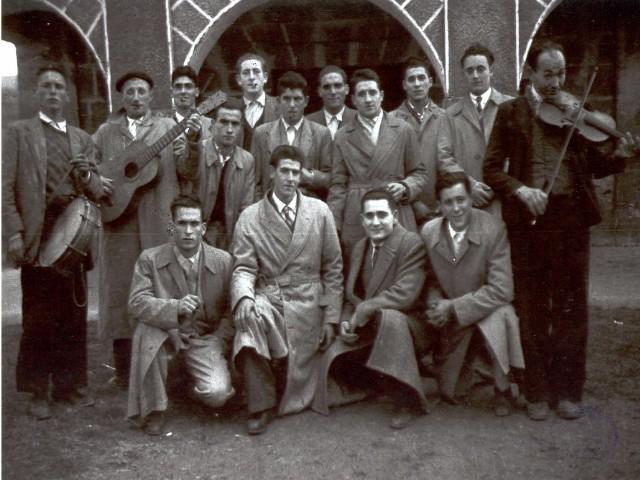 Foto de grupo antigua